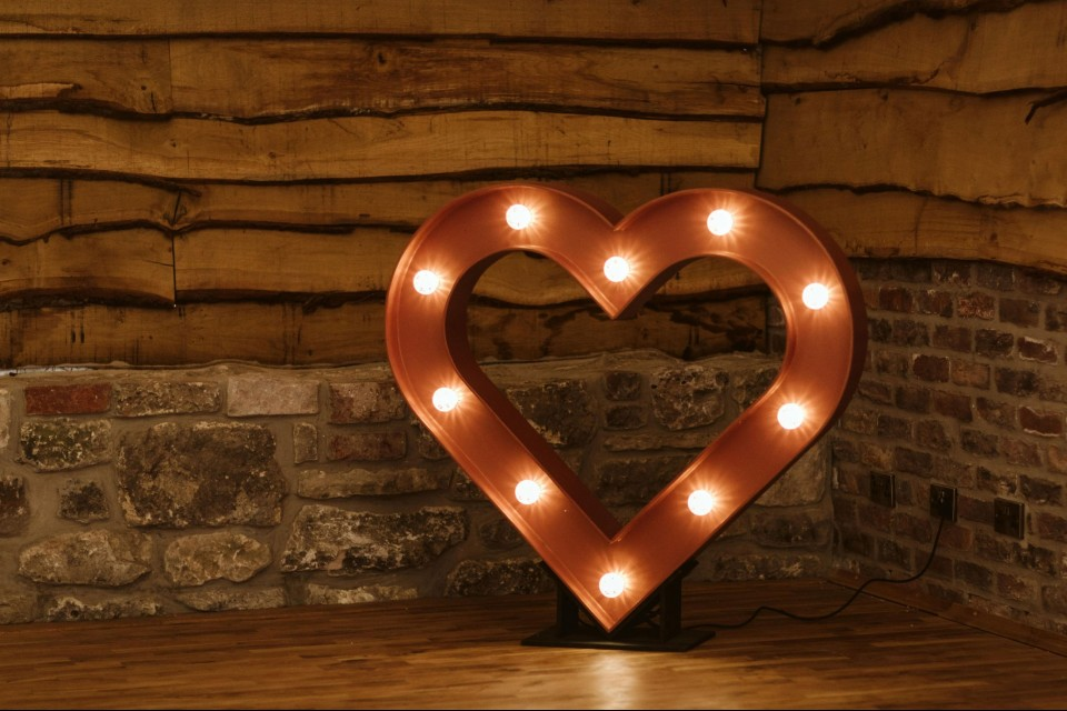 Exeter Wedding Decor, Styling & Prop Hire - Copper Heart