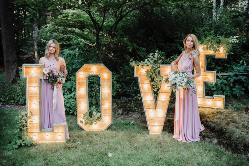 Live Wedding Band Hire - Reclaimed 'LOVE' Letters