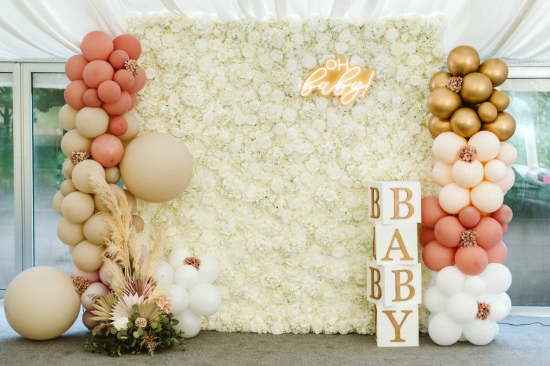 Luxury Baby Shower Package including Neon Sign