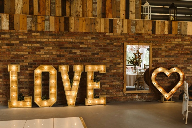 Light Up Rustic Heart available to hire across Yorkshire