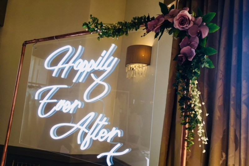 neon wedding sign hire yorkshire